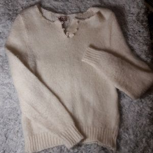 Sweaters - Vintage Cream sweater